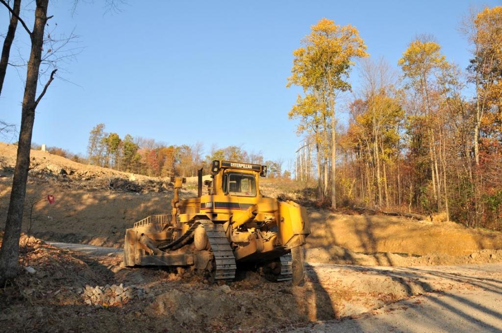 AES_Laurel_Mtn_-_turbine_haul_road_under_construction.jpg